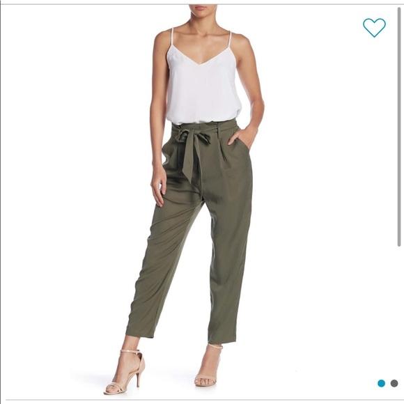 Pants - Brand new never worn High Waisted Paper bag pants!